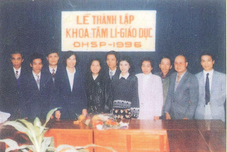 Khoa Tâm lý - Giáo dục ngày đầu thành lập (3/1996)